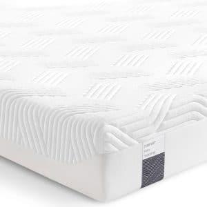 Firm Supreme -patja sopii jämäkkyyttä ja tukea hakevalle nukkujalle. Patjan tuntu on klassikko Originaliin verrattuna vielä jämäkämpi.